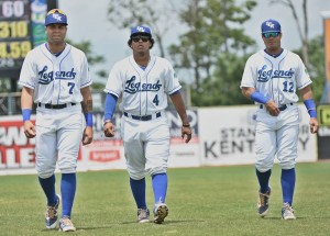 Emmanuel Rivera, Meibrys Viloria and Gabe Cancel (Photo David Rearic)