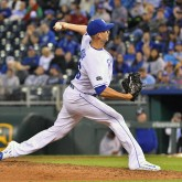 Sep 26, 2017; Kansas City, MO, USA; Kansas City Royals relief pitcher Mike Minor (26) delivers a pitch in the ninth inning against the Detroit Tigers at Kauffman Stadium. Mandatory Credit: Denny Medley-USA TODAY Sports