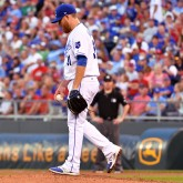 Aug 7, 2017; Kansas City, MO, USA; Kansas City Royals starting pitcher Ian Kennedy (31) reacts after walking in a run in the fourth inning against the St. Louis Cardinals at Kauffman Stadium. Mandatory Credit: Denny Medley-USA TODAY Sports