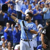 Oct 1, 2017; Kansas City, MO, USA; Kansas City Royals first basemen Eric Hosmer (35) acknowledges the crowd before his first at bat against the Arizona Diamondbacks during the first inning at Kauffman Stadium. Mandatory Credit: Peter G. Aiken-USA TODAY Sports